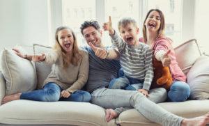 家族滞在ビザ申請代行 在留期間更新・在留資格変更・在留資格認定証明書交付